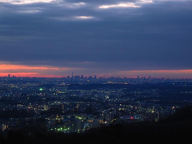 Scarlet Over Tokyo (OldDrabble)