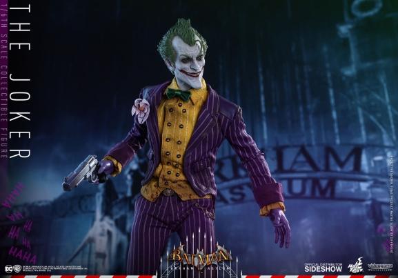 the-joker-batman-arkham-asylum-hot-toys-figure-2